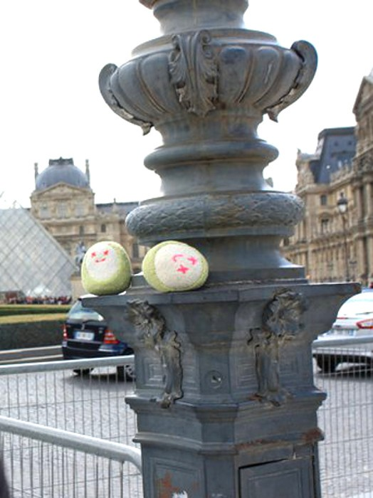 Knuwu Louvre Carrousel Paris